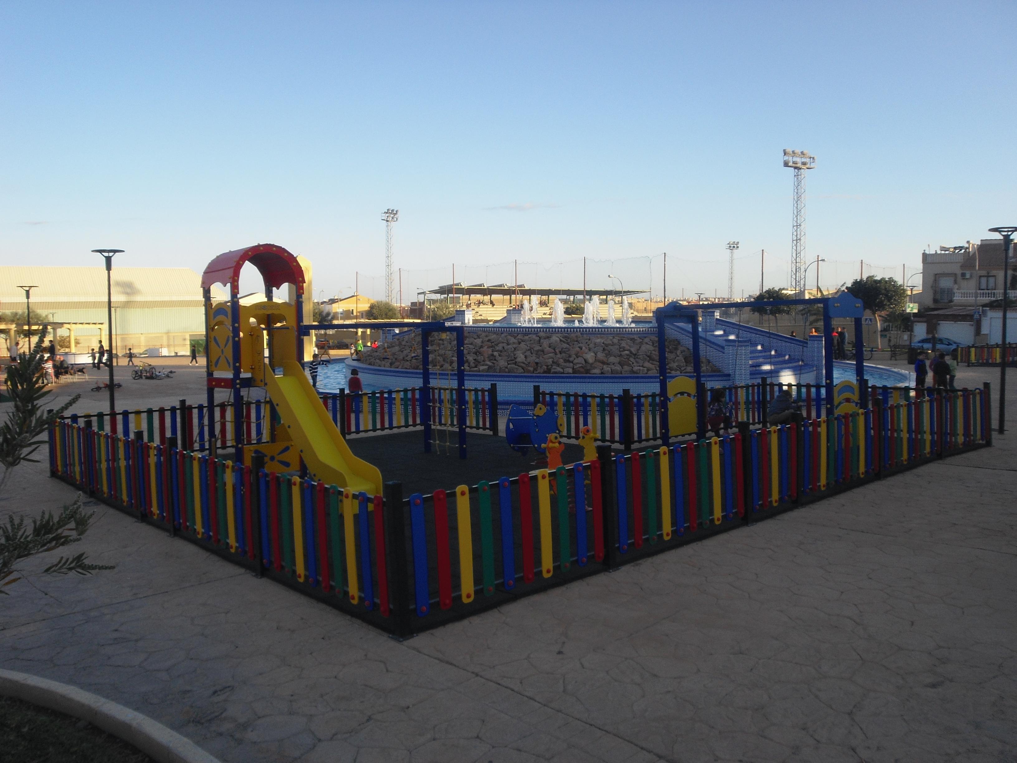 Instalaciones De Varios Parques En Almería